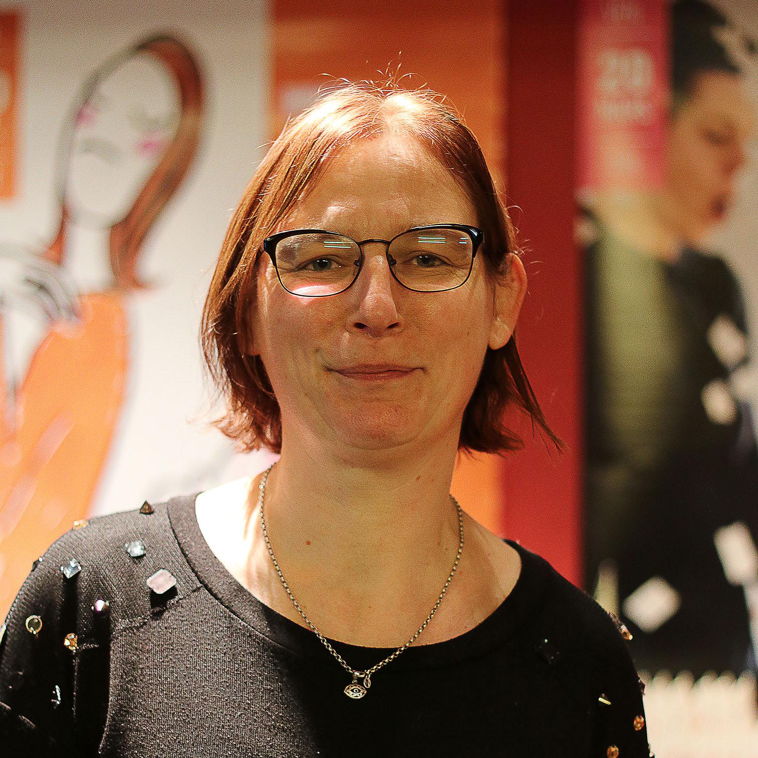Annie Davus